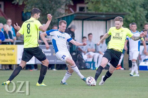 Gluhwein Derby In Der Fussball Landesliga Ostfriesen Zeitung